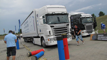 Újra startol a Scania járművezetői versenye