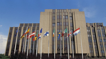 Az Európai Számvevőszék elégedett a menekülteket segítő alappal