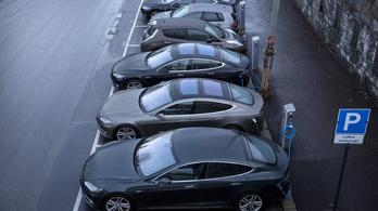A norvégok se világmentésből vesznek villanyautót