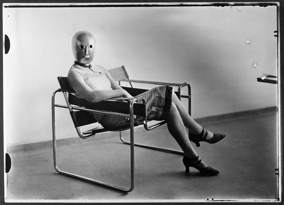 Sitzende Breuersessel