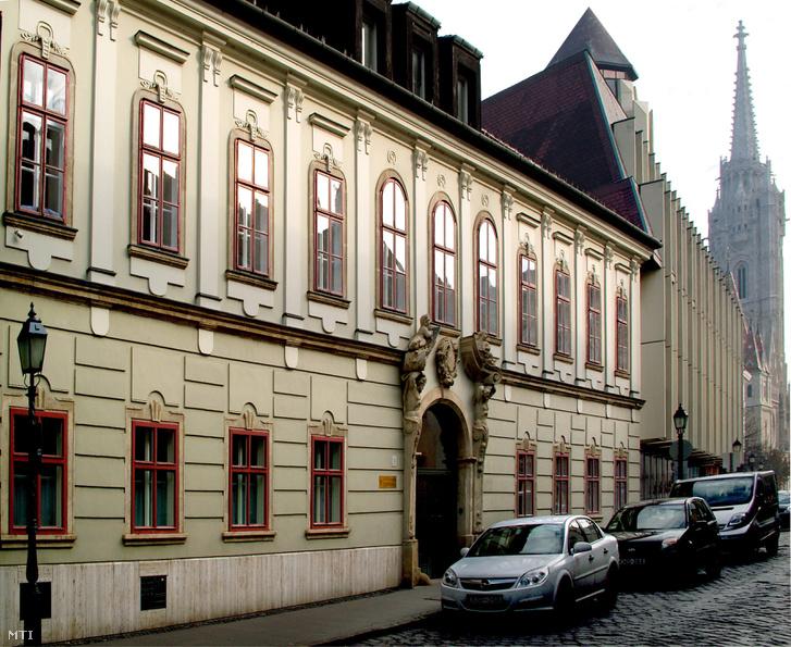 A Miniszterelnökség Táncsics utcai épülete