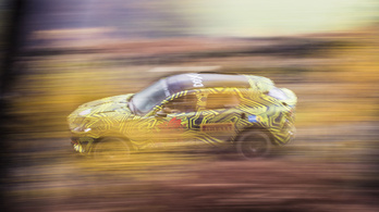 Duplázna az Aston Martin