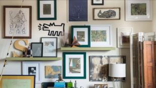 4 rendhagyó ötlet, hogyan akaszd ki a képeid a falra