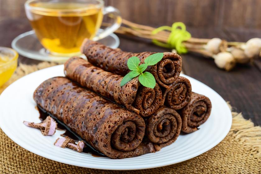 Duplán csokis palacsinta: a tésztába és a krémbe is kerül csoki