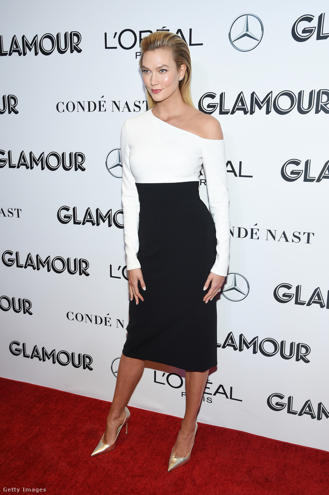 Karlie Kloss modell volt az utolsó fekete-fehér ruhás nő ezen az eseményen