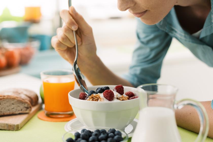 Felgyorsíthatod a fogyást, ha reggelire eszel gyümölcsöt: ez az oka a kutatók szerint