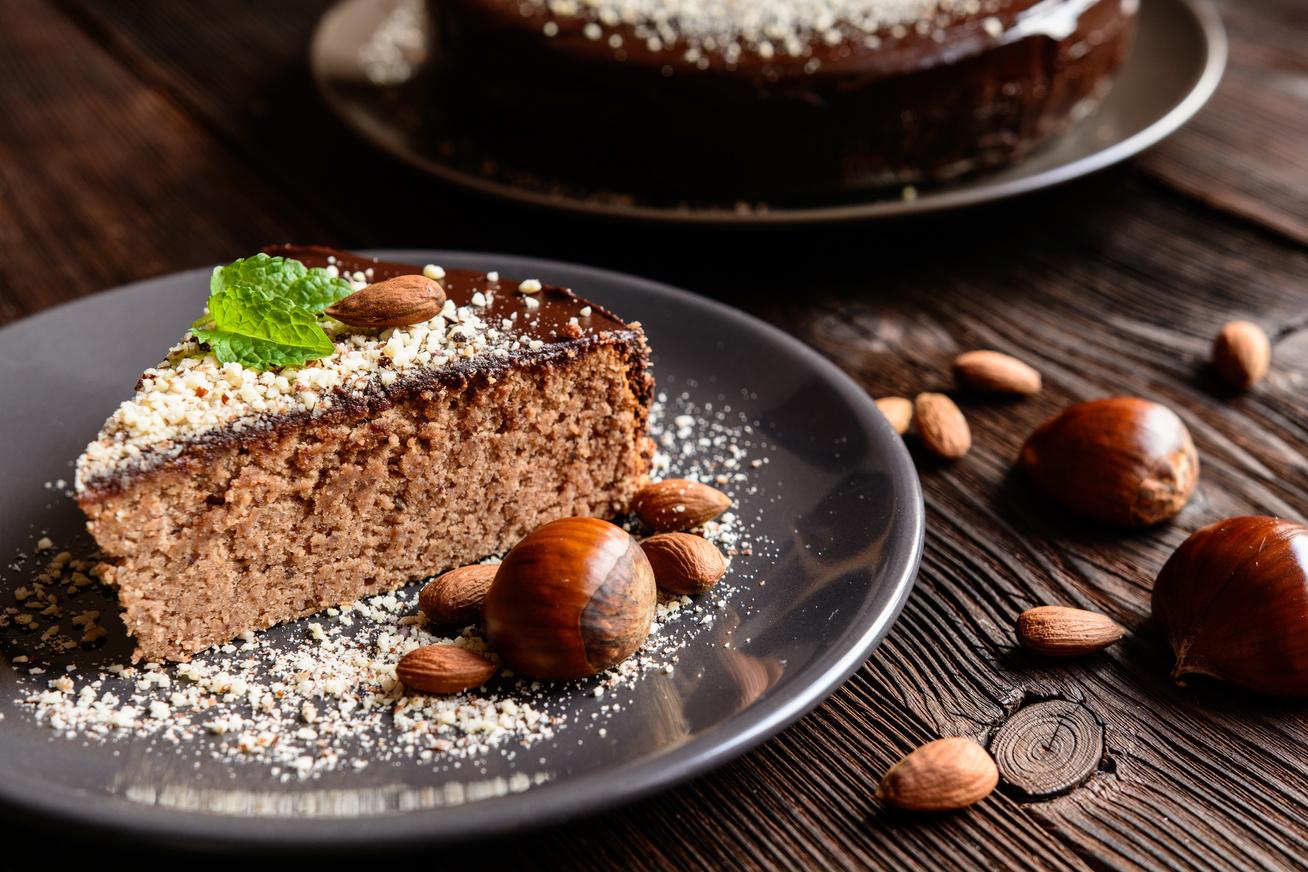 Gesztenyés süti csokival és mandulával: újra és újra elkészíted majd