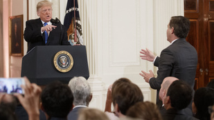 A Fox News kiáll a CNN mellett a Fehér Házból kitiltott újságíró ügyében