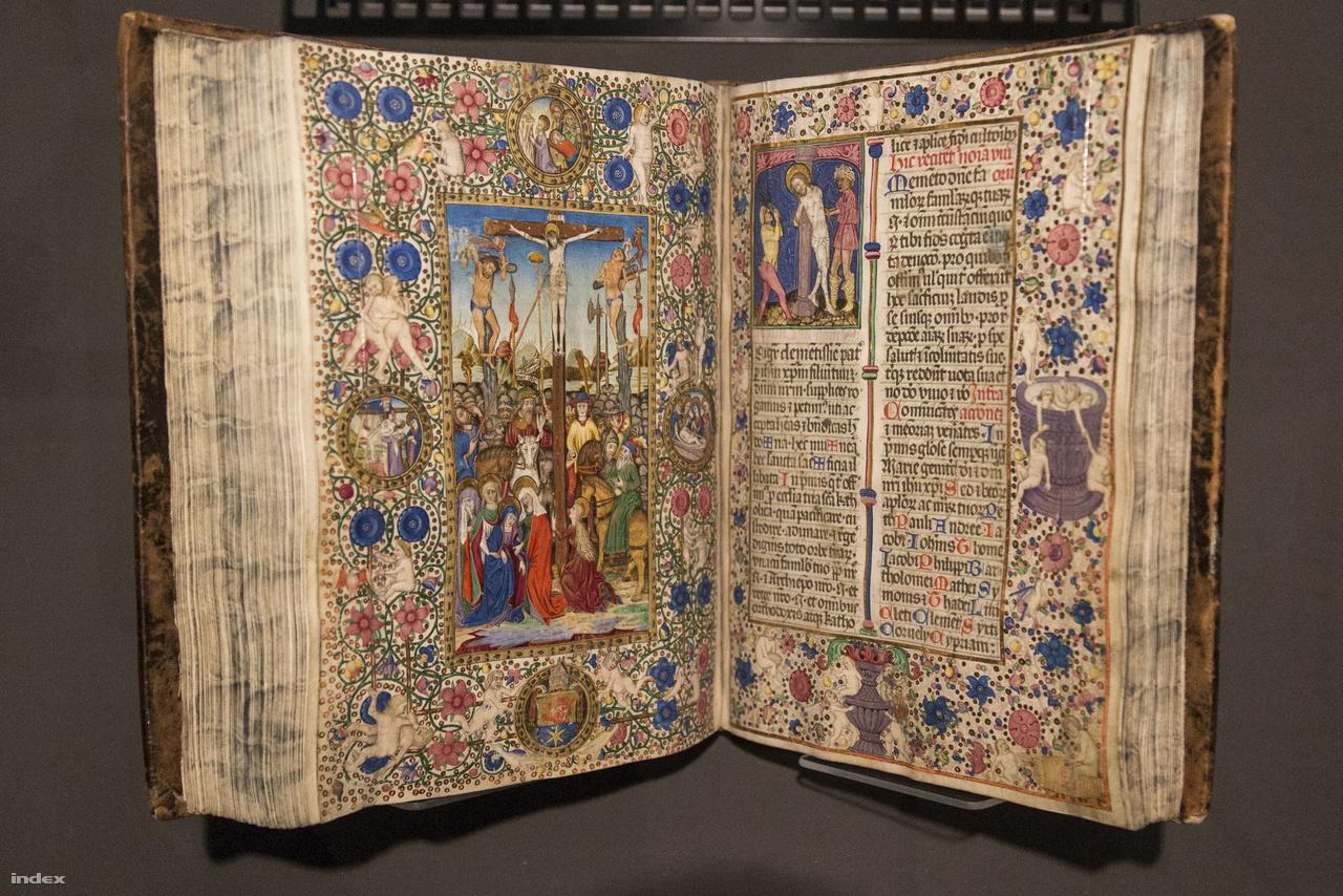 Kálmáncsehi Domonkos kisebb breviáriuma, missaléja (esztergomi rítus), Buda, 1481. A székesfehérvári nagyprépost Mátyás adminisztrációjának fontos tagja volt, az egyházi személyiség a könyvek szeretetében is hűen követte uralkodóját. Ez a kötet egy úti misekönyv, amit utazásai közben, hordozható oltáron misézve használt a főpap (erre magától a pápától kapott engedélyt 1473-ban). A fenti oldalpár díszítése Francesco Rosselli olasz kódexfestő mester stílusát utánozza, a bal oldali festmény alapjául a német E.S. mester egyik rézmetszete szolgált.