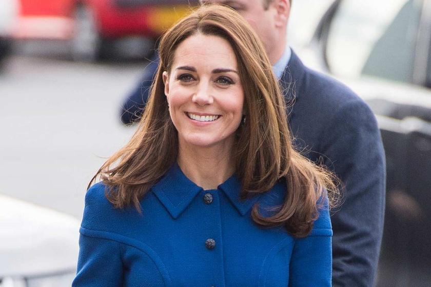 696532b410 Katalin hercegné királykék ruhában ragyogott - Káprázatosan festett