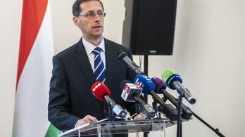 Varga Mihály: Hozamvadászok kötöttek lakáskasszákat a hajrában