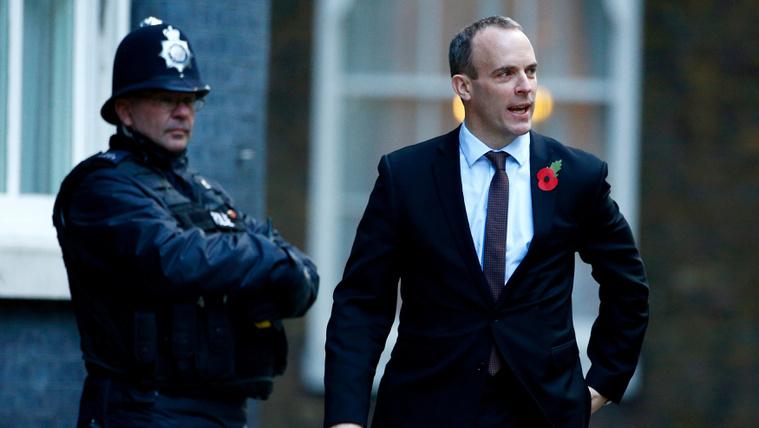 Lemondott a brexitért felelős brit miniszter, mások is követték