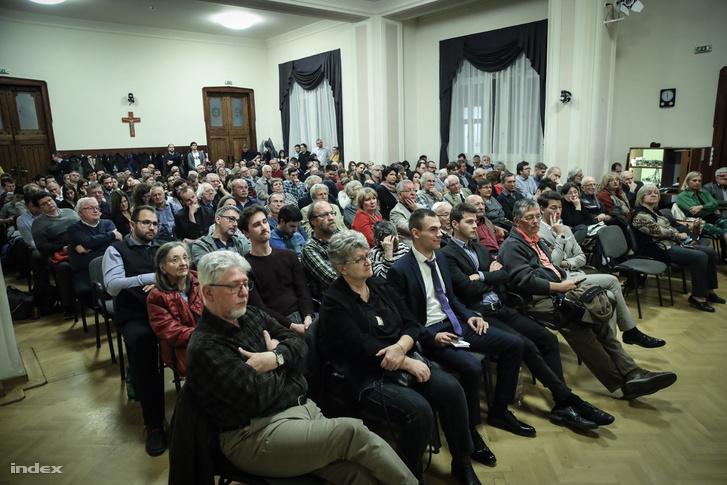 Eötvös Csoport szerdai vitájának közönsége