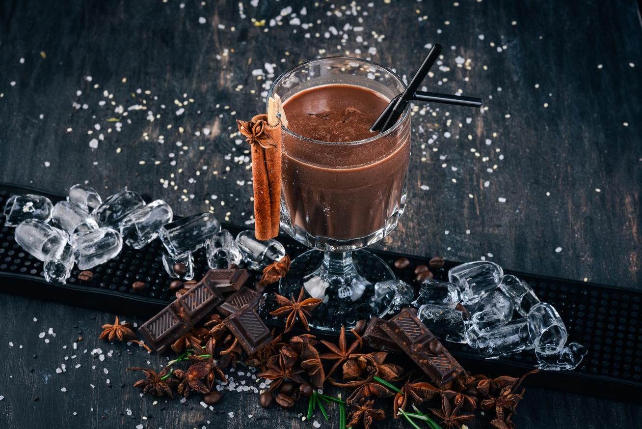 Házi csokilikőr, amit ha most elkészítesz, karácsonyra lesz igazán finom