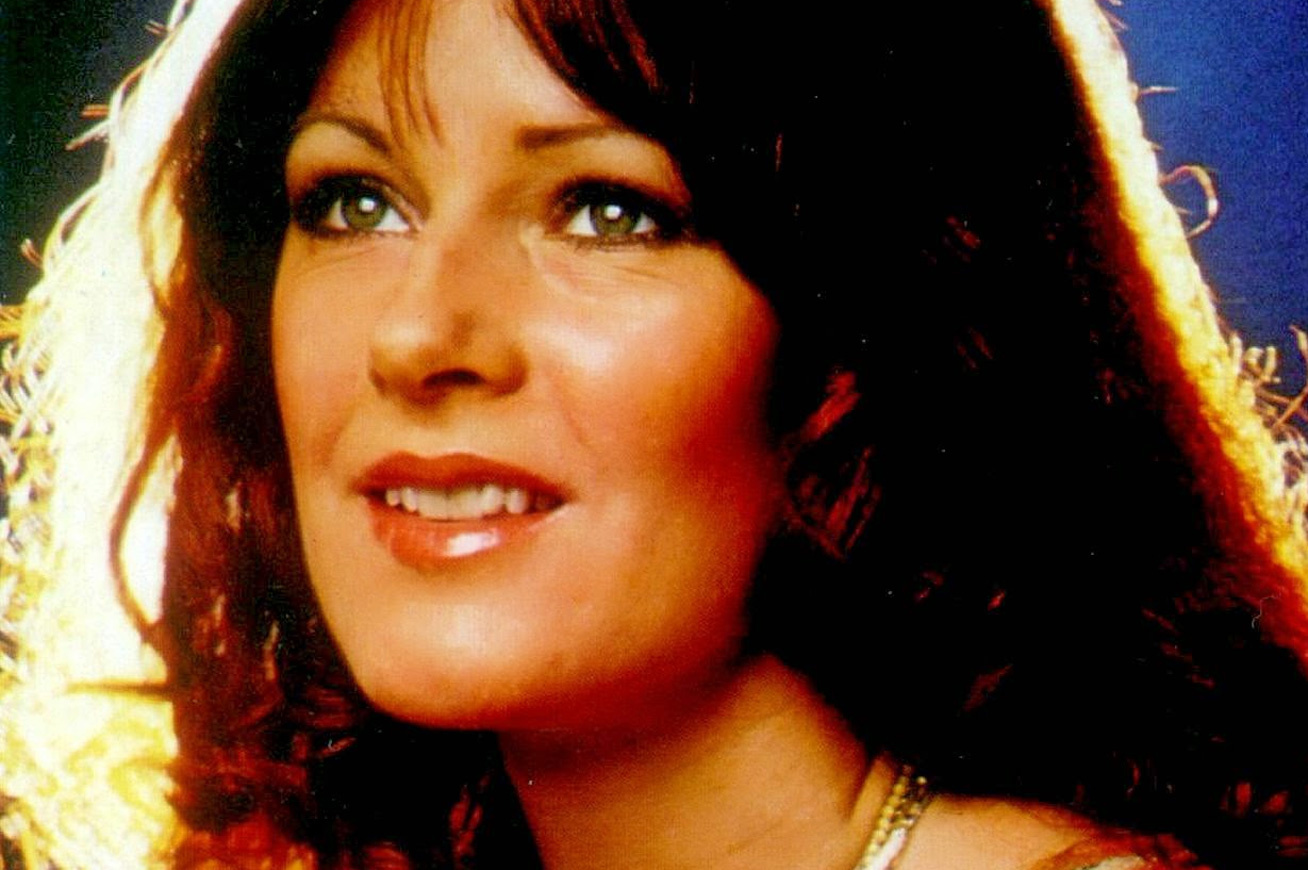 anni-frid-lyngstad-73-eves-cover