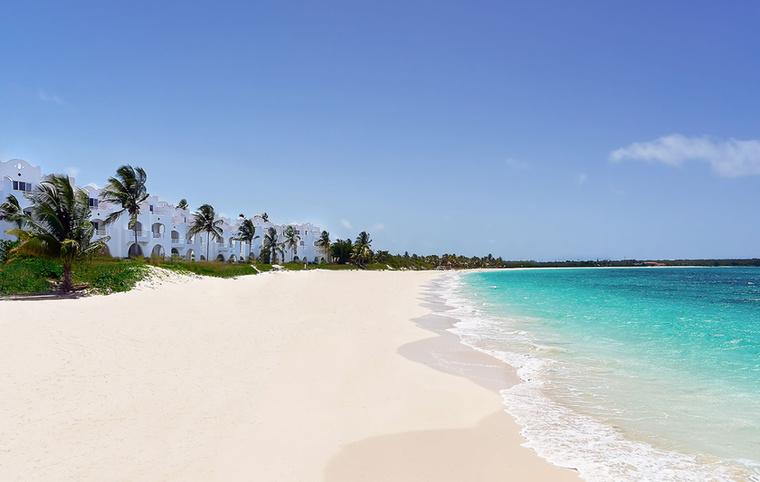 Luxus tekintetében a listát az anguillai CuisinArt Golf Resort and Spa vezeti