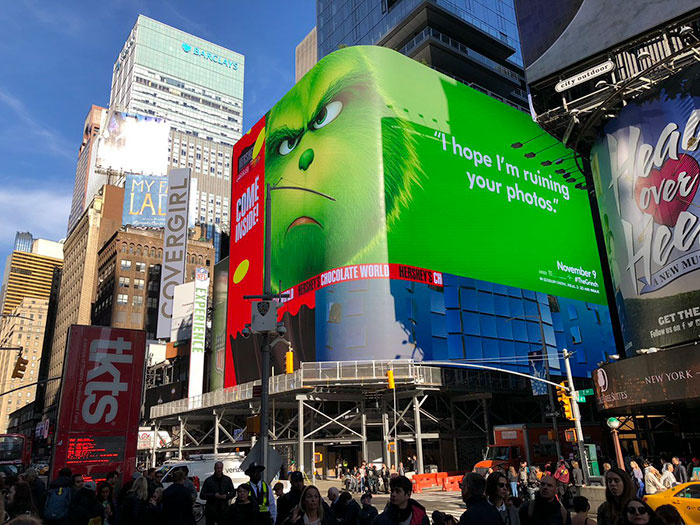 the-grinch-movie-funny-billboard-ads-25-5bec305b384a2  700
