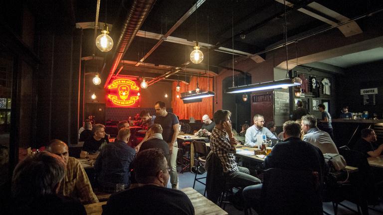 Nyomokban punk: megnyitott a BrewDog Budapesten