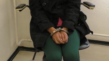 Megvertek és kiraboltak egy 88 éves nőt