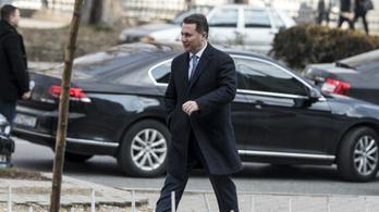 Gruevszki gyalog és illegálisan mehetett át a macedón határon