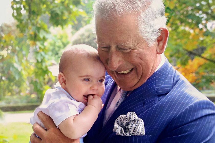 Katalin hercegné kisfia a legcukibb - A féléves Lajos herceg így bohóckodott a családi fotózáson