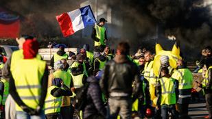 Halálos áldozatot is követelt a francia sárga mellényes tüntetés