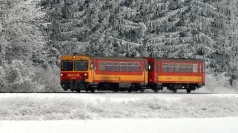 Bezár két vasútvonalat a MÁV-Start?