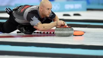 Lezavarták a totál részeg curlingcsapatot a jégről
