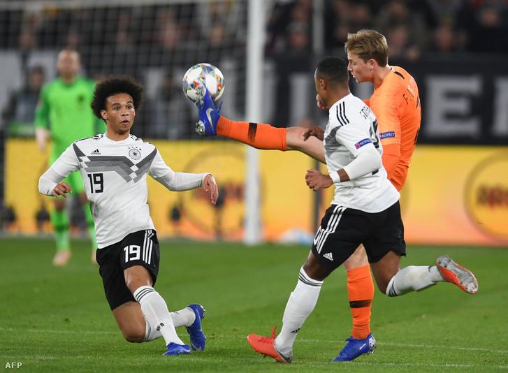 Németország a legvégén bukta a győzelmet Hollandia ellen, ami a franciáknak fájt igazán
