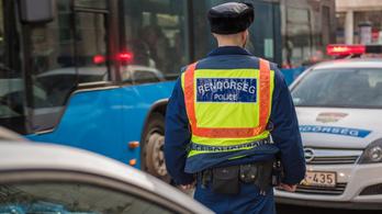 Több mint 160-al tépett egy autós Budapesten