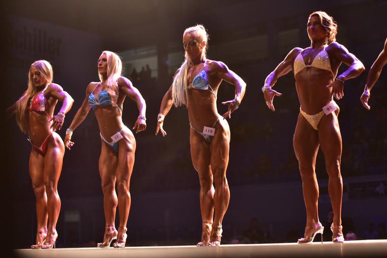 A korábbi bajnok azt is elmondta, hogy a legtöbb testépítő egy héten általában-átlagosan hatszor edz súlyzókkal és hatszor kardiózik.