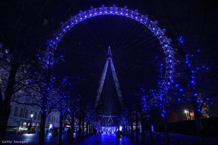 London Eye karácsonyi kivilágítással