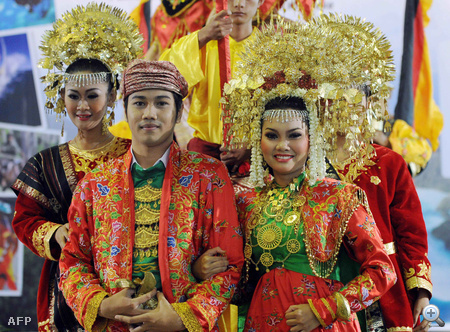 Esküvői bemutató Jakartában, Indonézia fővárosában
