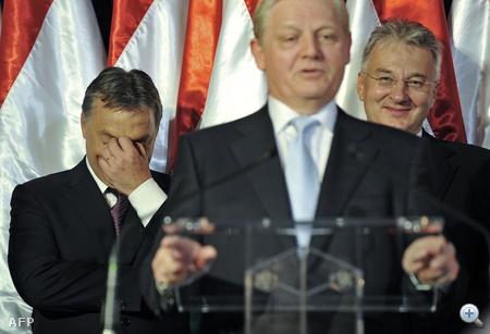 2010. október 3. Az önkormányzati választásokon is tarolt a Fidesz, Budapest főpolgármestere, a Fidesz által támogatott jelölt, Tarlós István lett.