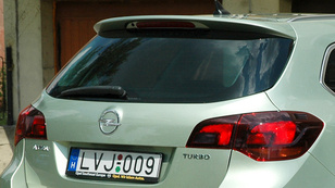 Opel Astra Sports Tourer 1.4 Turbo Ecotec Aut. Cosmo