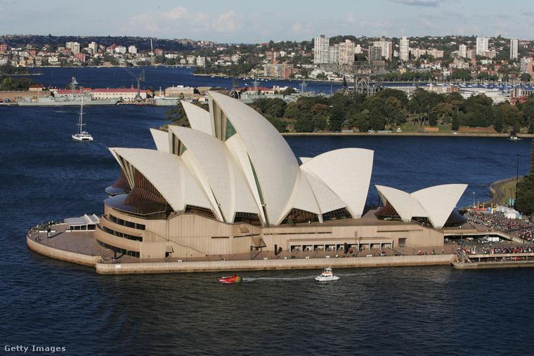Ám nem csak Új-Zélandra mennek a tehetősek, hanem Ausztráliába is
