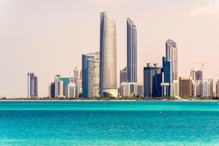 Még mindig keleten maradva, természetesen az Egyesült Arab Emírségek is nagyon vonzó a milliárdosok szemében