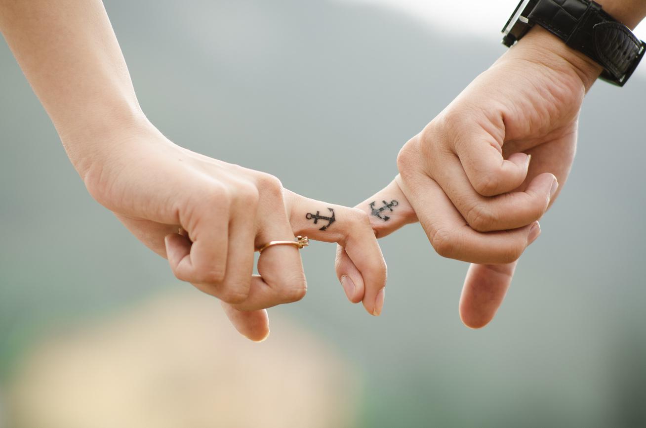 pár kapcsolat romantikus (1)