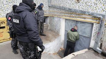 Dunaszerdahelyi ultrákra csapott le a szlovák terrorelhárítás