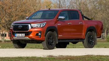 Teszt: Toyota Hilux Invincible 50 - 2018.