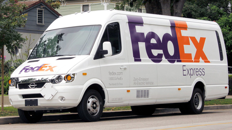 A Fedex is villanyautókra vált