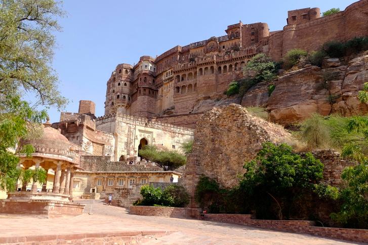 A Mehrangarh, India egyik legnagyobb erődje Dzsodpur mellett, 1460-ban épült