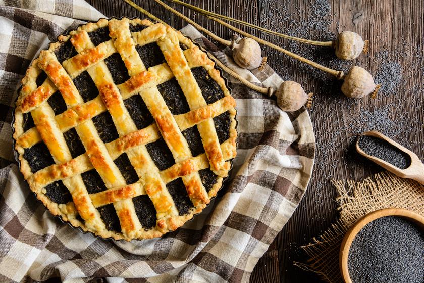 Aszalt szilvás, mákos pite régi családi recept szerint: így nem rontod el a tésztát