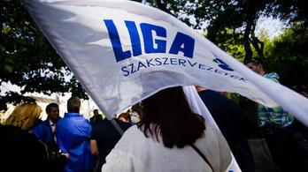 Még két szakszervet tiltakozik a fideszes túlóra-beadvány miatt