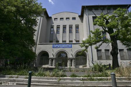 A Szabolcs utcai kórház bejárata
