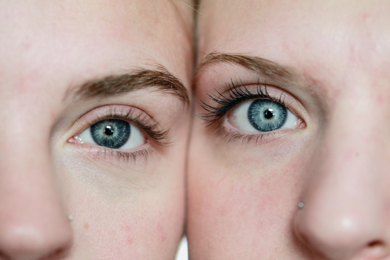 ikrek szempár testvérek kék szem