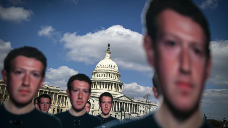 Miért van már megint válságban a Facebook?