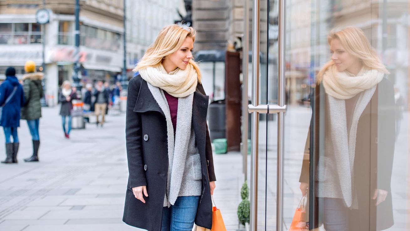 A legnőiesebb téli ruhák és csizmák körképe - Szuper áron szerezheted be  őket 82814bcbc9