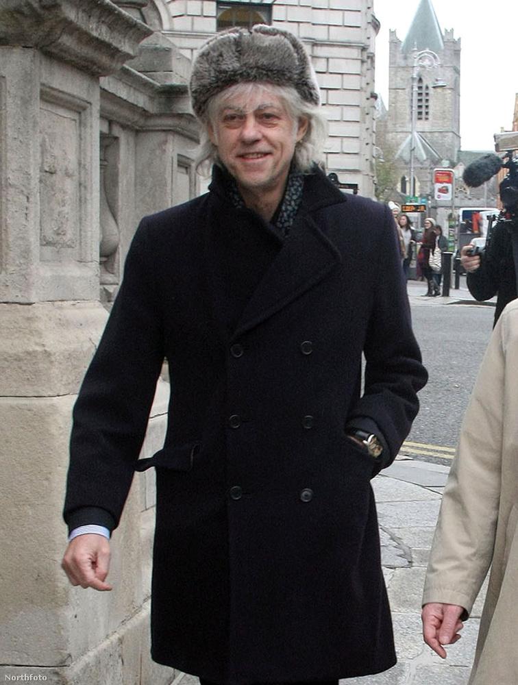 Bob GeldofDo They Konw It's Christmas? című slágere 1984 telén debütált, amivel az éhező afrikai gyerekeknek segített
