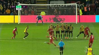 Lefagyott a kapus a Liverpool-hátvéd szabadjától